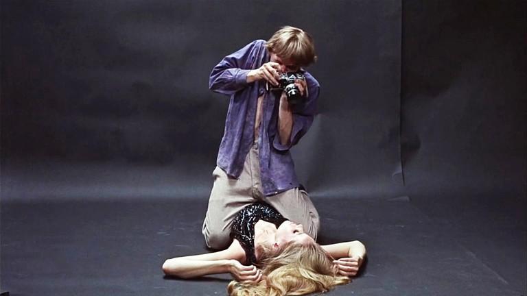 Blow Up scene ©Metro-Goldwyn-Mayer