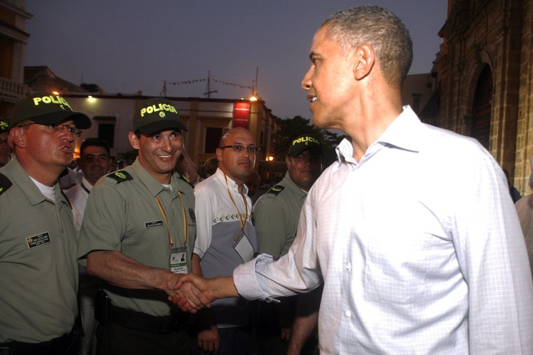 Obama meeting Colombian Police | © Policia Nacional de los Colombianos/Flickr