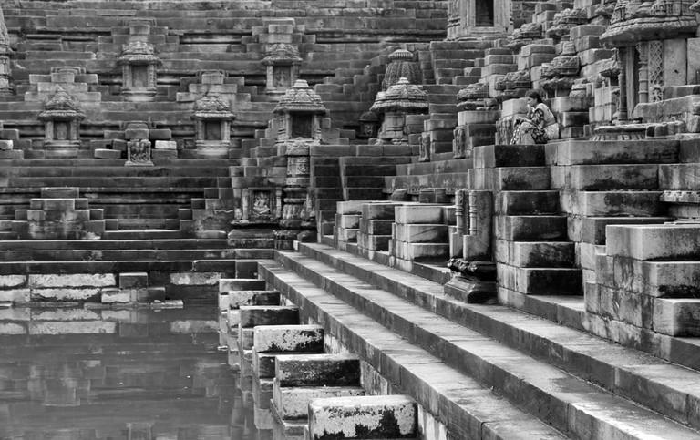 Surya Kund © Four Blissful Feet