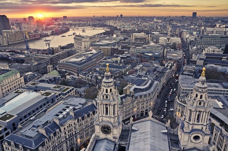 London © QQ7/Shutterstock