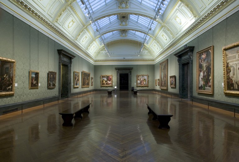 There are more than 2,300 works of art in The National Gallery