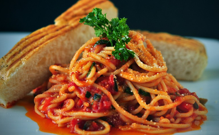 Spaghetti and tomato sauce, an iconic Italian recipe