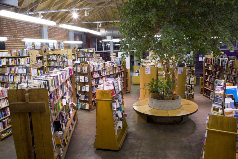 Inside Skylight Books © Lindsay George