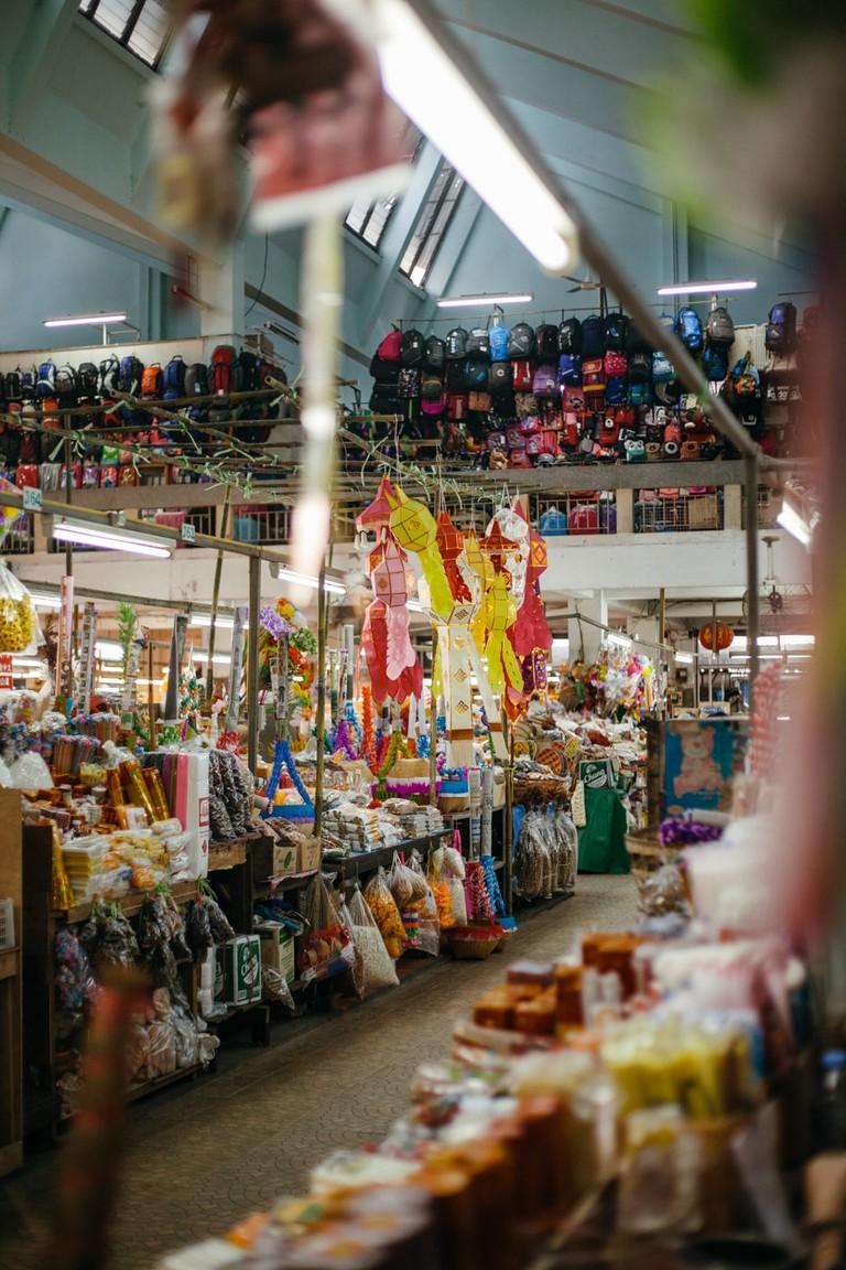 RAW 058-EMIDI- Warorot Market, Chiang Mai, Thailand