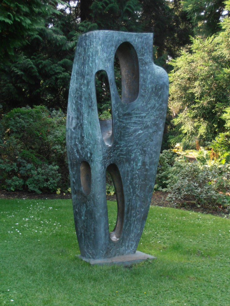Rock Form (Porthcurno) by Barbara Hepworth, Royal Botanic Garden, Edinburgh | © Ham/WikiCommons