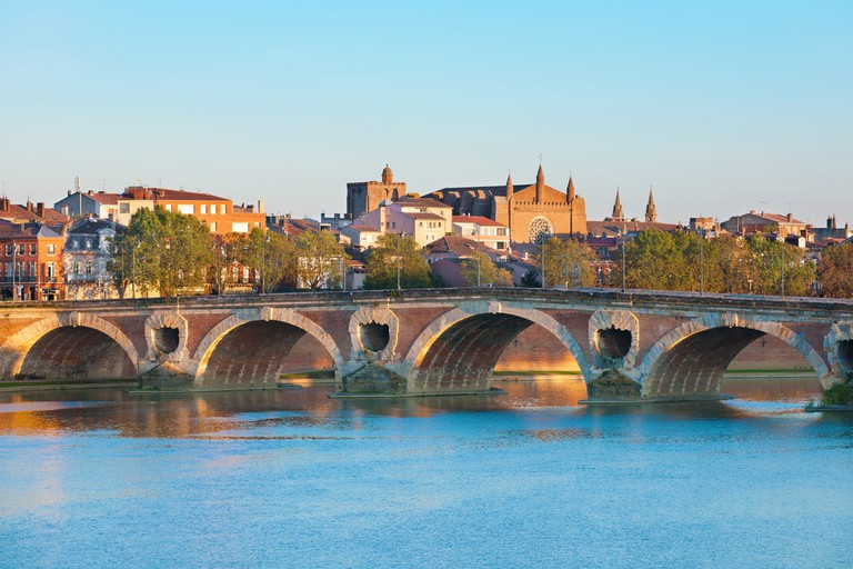 The Pont Neuf in Toulouse, France