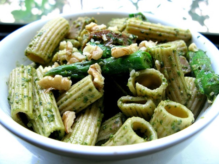 Ziti with Pesto | © Kari Sullivan/Flickr