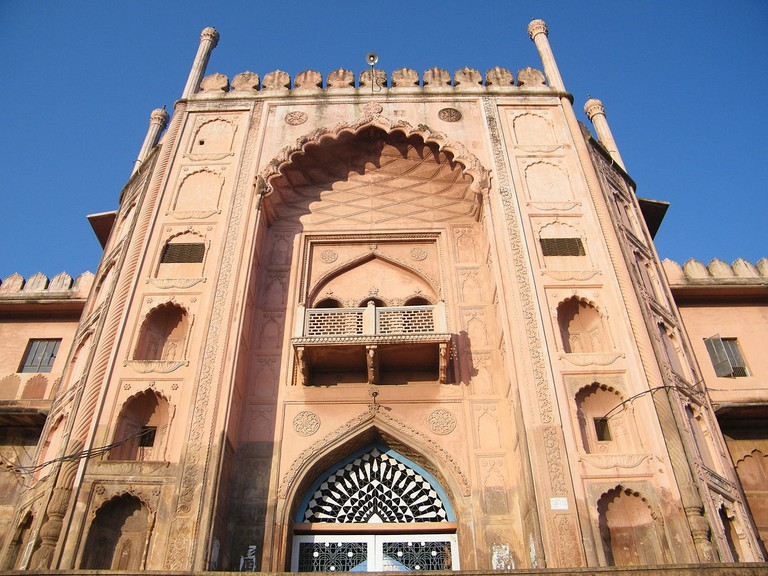 Entrance Gate of Taj-ul-Masajid. Bhopal (C) Abhishek Mishra/WikiCommons