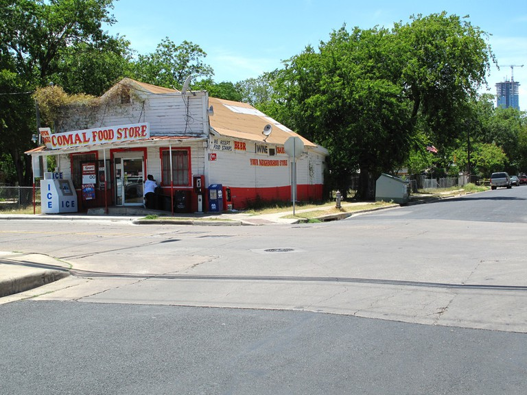 Comal Food Mart | © Matthew Rutledge/Flickr