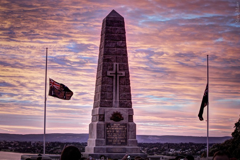 Flags at half-mast, ANZAC morning at the King's Park State War Memorial, Western Australia | © Steve Marr / Flickr
