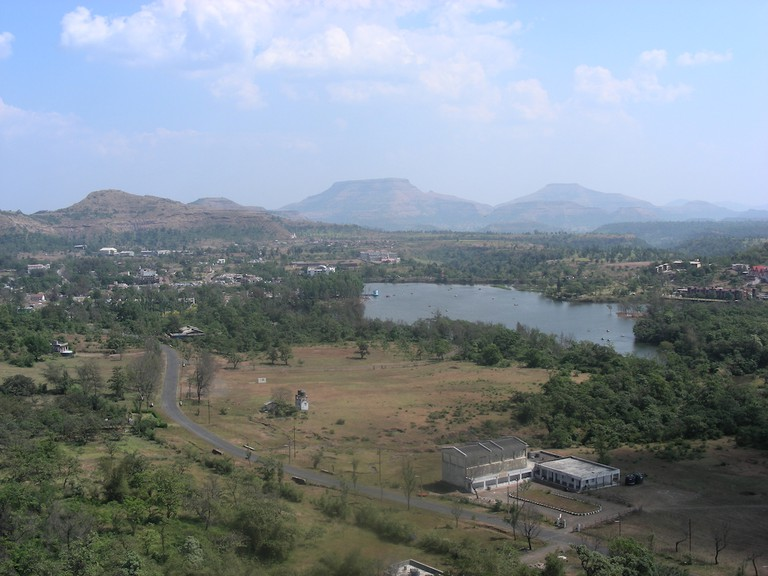 Saputara Lake viewed from the ropeway | © Mayur Thakare / Wikimedia Commons