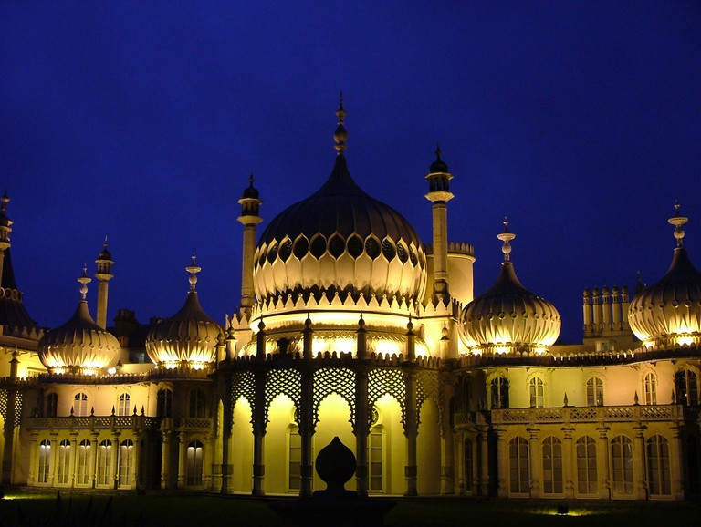 Brighton Pavilion by night | © Tomas Maltby Flickr