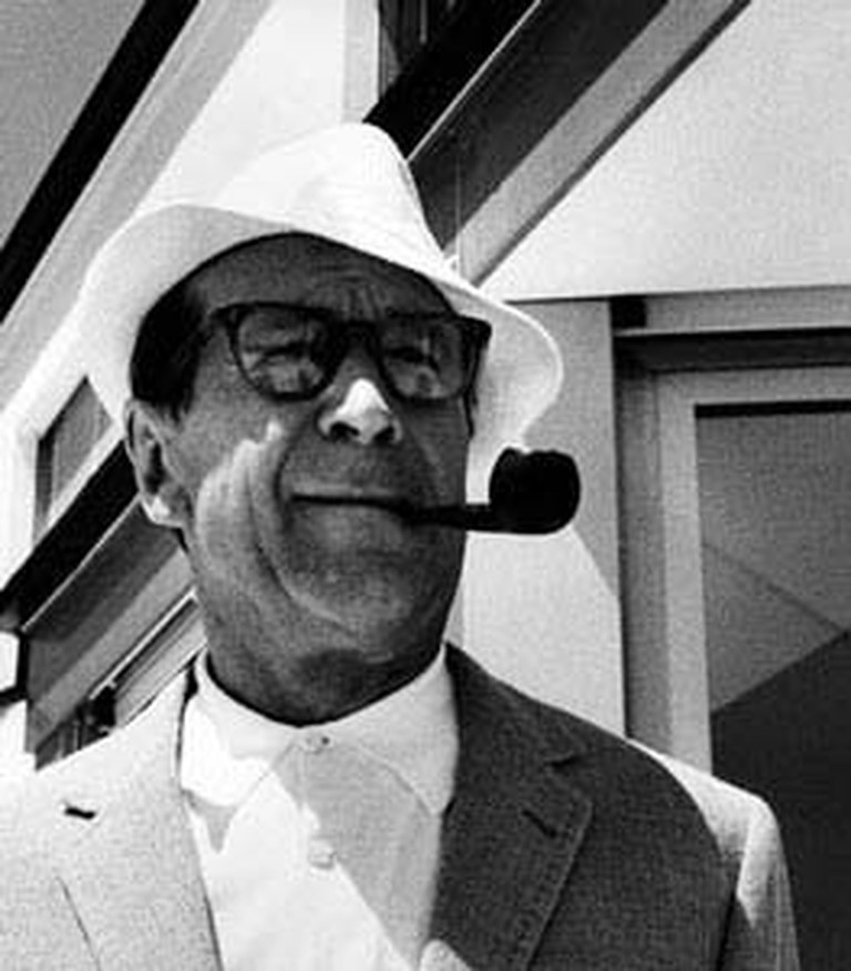 Georges Simenon by Erling Mandelmann, 1963/©WikiCommons