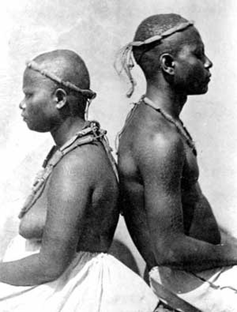 A Great Andamanese Couple | © Edward Horace Man (1846-1929) / WikiMedia Commons