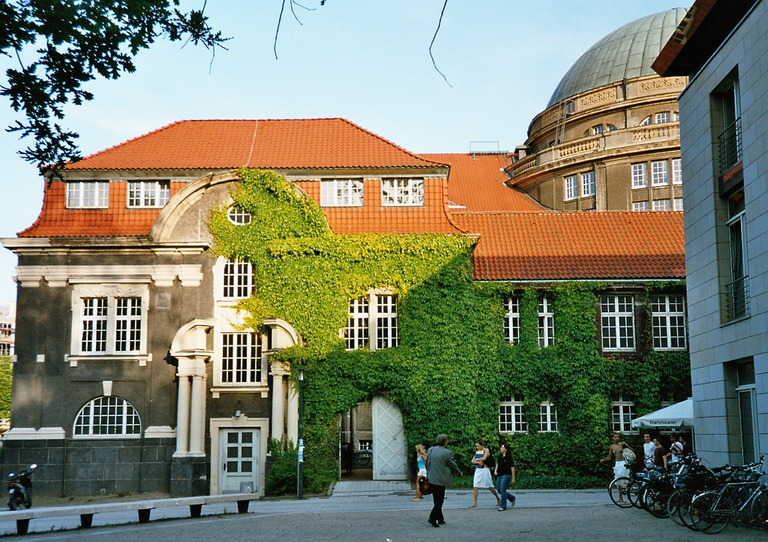 Main building of the Hamburg University Library