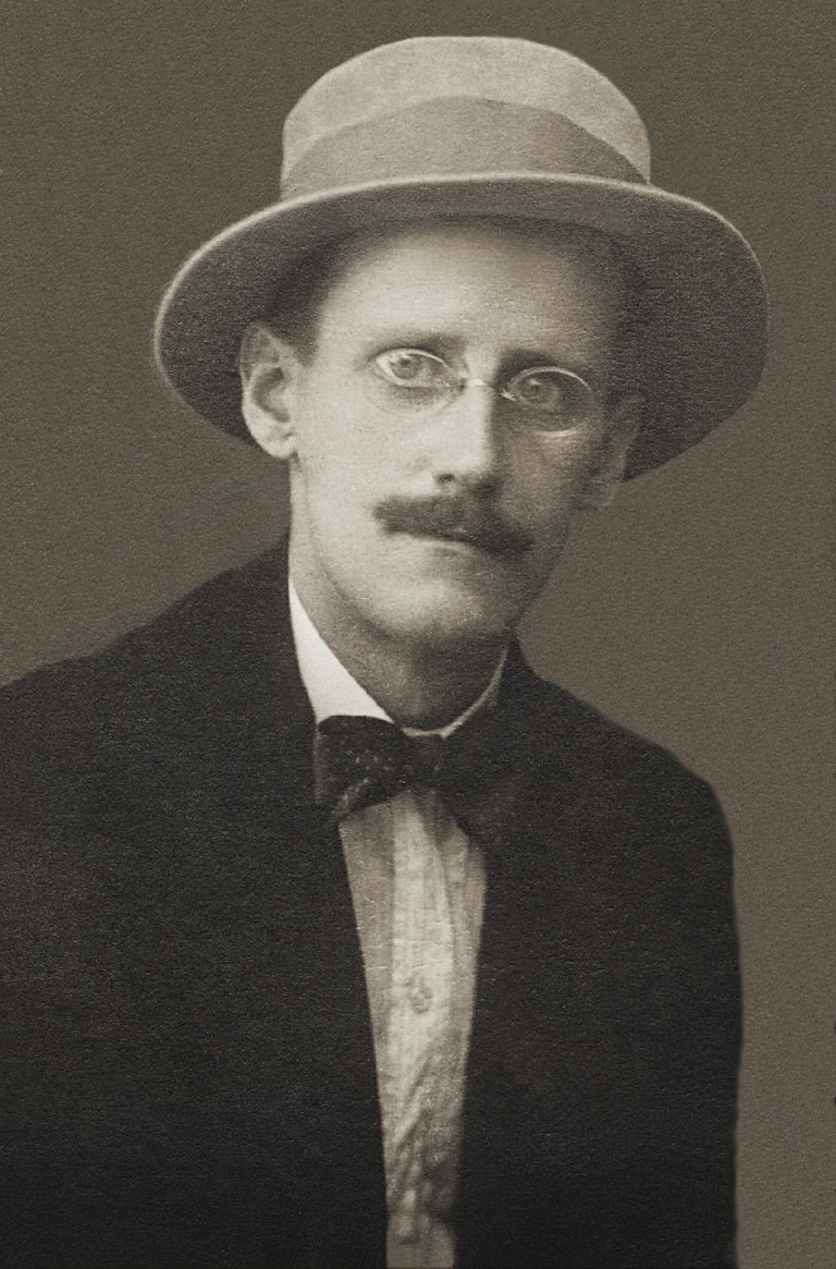 James Joyce | © Alex Ehrenzweig (https://en.wikipedia.org/wiki/A_Portrait_of_the_Artist_as_a_Young_Man)