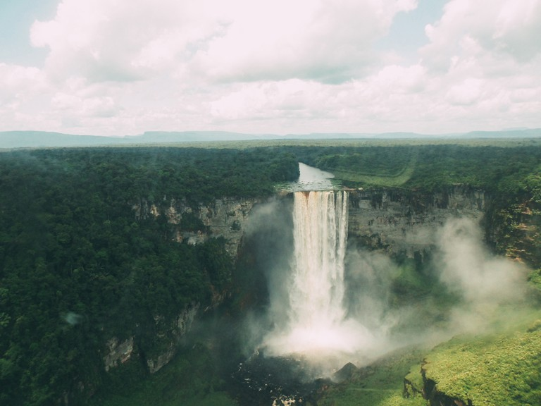Kaieteur Falls nestled in Kaieteur National Park | © Ms. Vitri Photos