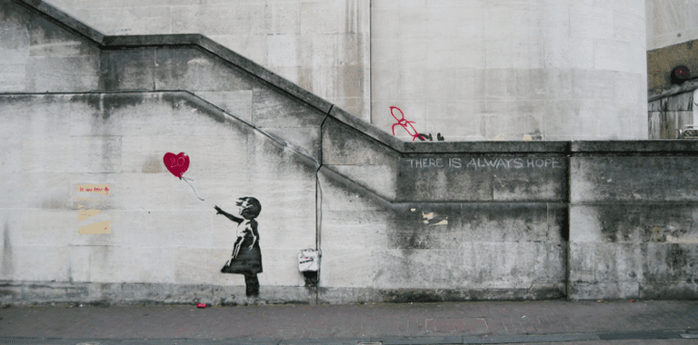 Banksy Girl and Heart Balloon | © Dominic Robinson