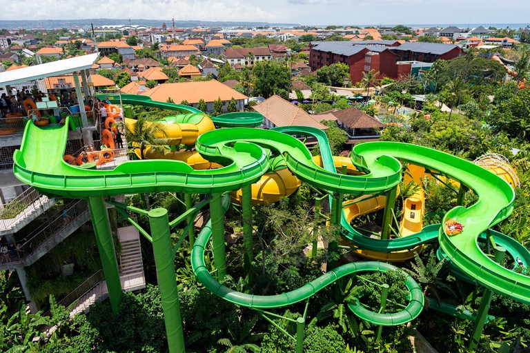 Coasters, waterslides and water rides in the Waterbom Aquapark