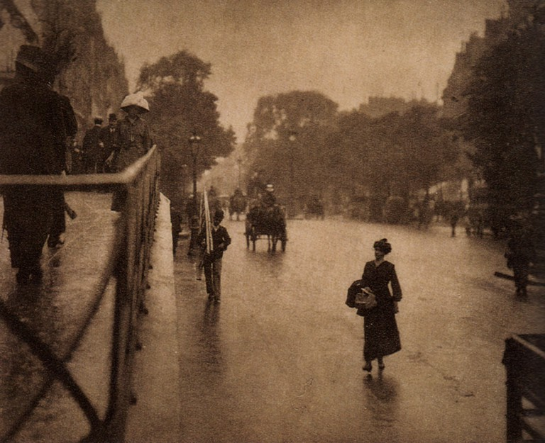 A Snapshot: Paris, 1911 (one of two with same title)  © Alfred Stieglitz/wikicommons