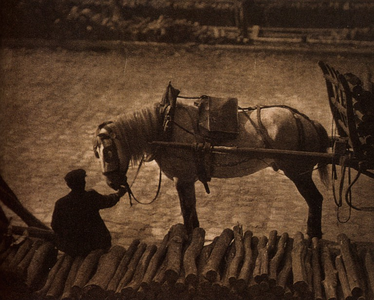 A Snapshot: Paris, 1911 (one of two with same title)  © Alfred Stieglitz /wikicommons