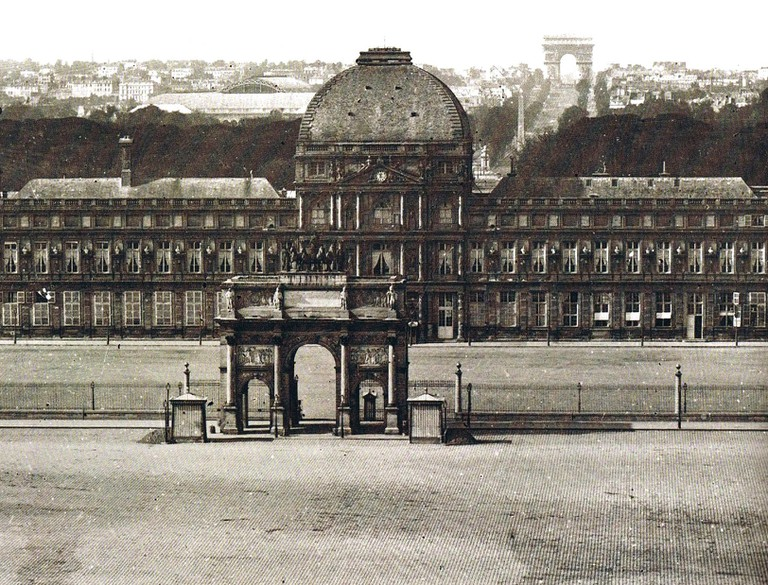 Tuileries Palace in 1860/Unknown/Wikicommons