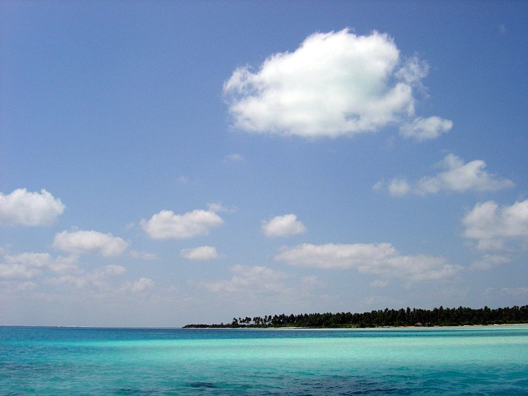 The breathtaking clear waters at Bangaram Island