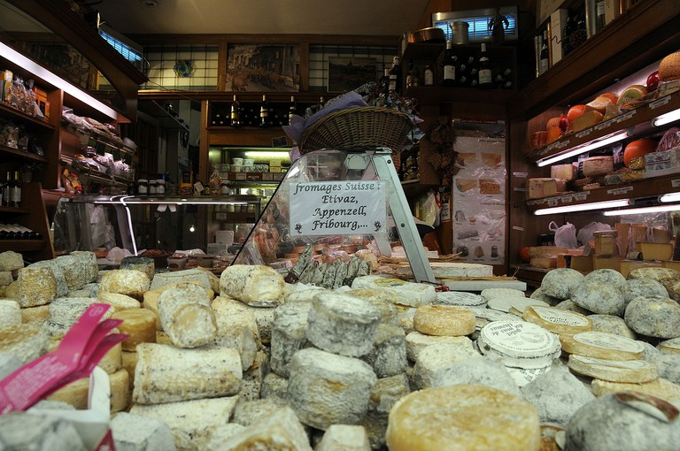 Fromagerie in Paris, France - © Jesús Gorriti/Wikicommons