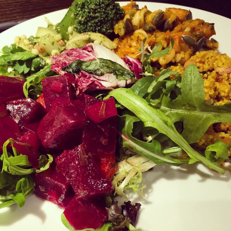 Mixed salad with beetroots, roasted pumpkin, rockets and couscous | Courtesy of ©継簁碍姩ᗤ/Flickr