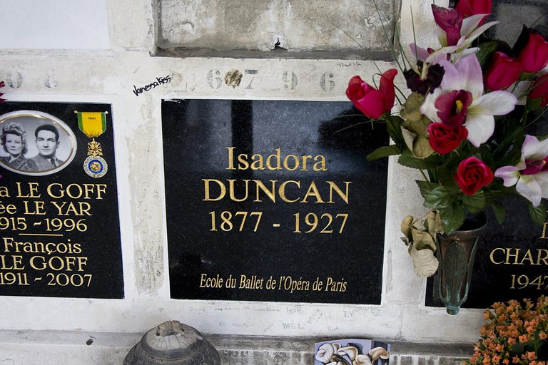 Isadora Duncan Tomb