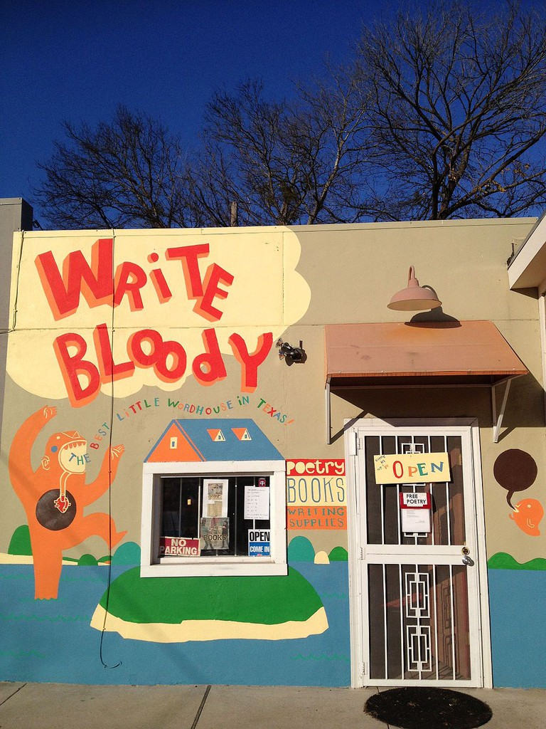 Write Bloody | © Mshapes/WikiCommons