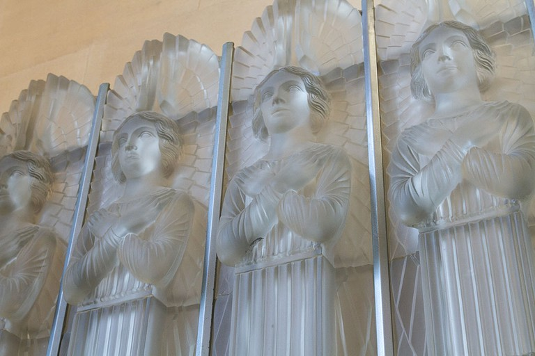 Lalique glass angels at St. Matthew's Church | © Danrok/WikiCommons