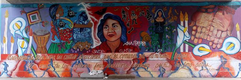 Doleres Huerta Mural by Yreina Cervantez | © T. Murphy/WikiCommons
