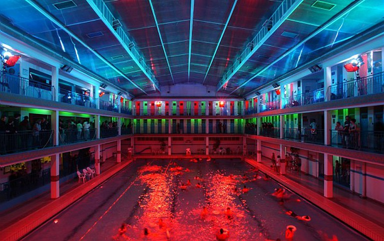 Pontoise swimming pool © ParisSharing/Flickr