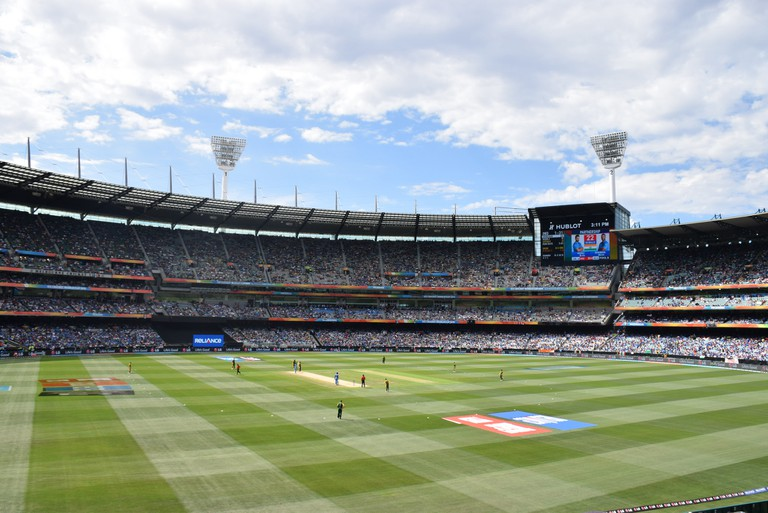 Crowds flock to the MCG in Melbourne for the 2015 Cricket World Cup