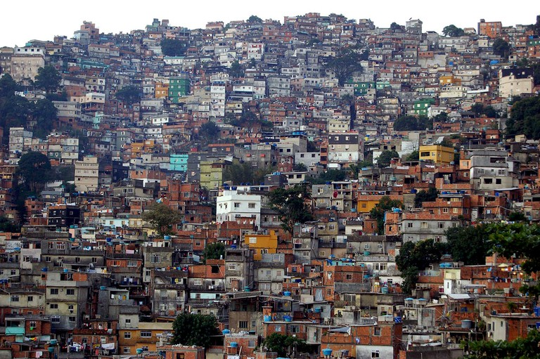 Rocinha, or 'Little Farm' |© metamorFoseAmBULAnte/Flickr