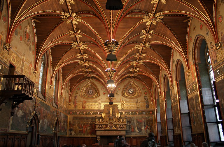 Inside Bruges' City Hall Gothic Hall | © Tanya Hart/Flickr