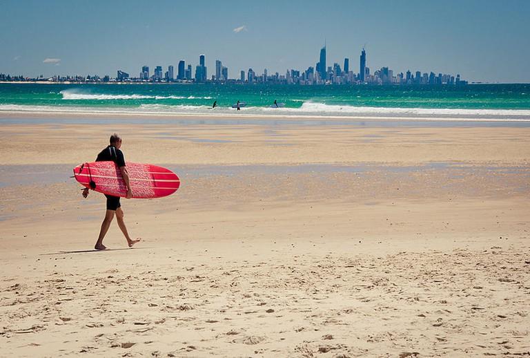 800px-Currumbin_Beach,_Queensland,_Australia