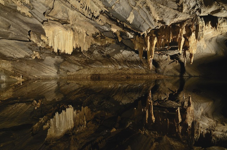 The caves of Han stretch on for six kilometers underground | © GrottesdeHan/Wikimedia Commons