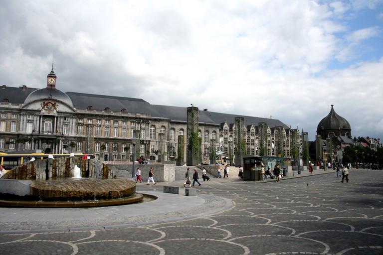 Liège's Place de Sint-Lambert, hiding an archeological museum underneath