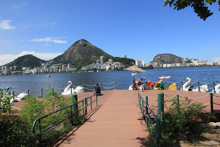 The stunning visuals of Lagoa |© Halleypo/WikiCommons