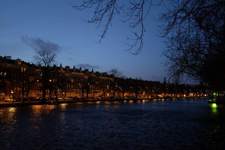 De Costakade at night