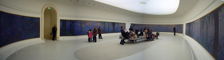 Musée de l'Orangerie - Monet's Water Lilies © Jon/Flickr