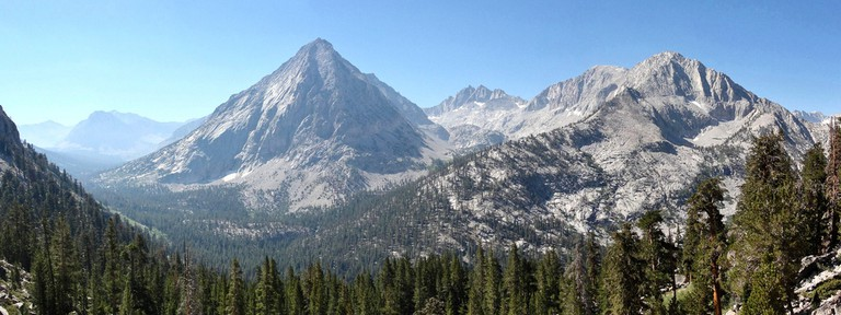 East Vidette from John Muir Trail | © Miguel Vieira/Flickr