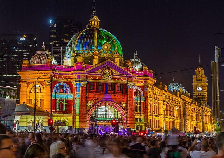 Flinders_Street_Station_during_White_Night