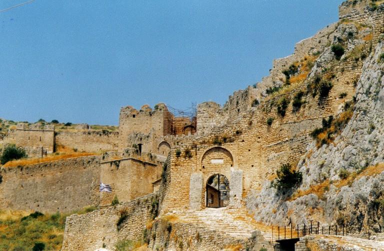 The gates at Acrocorinth | © Nicolas von Kospoth/WikiCommons