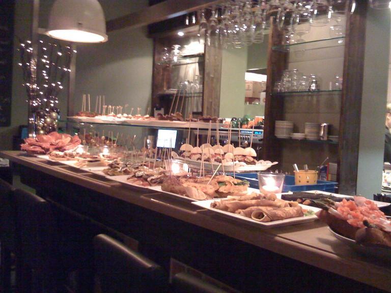 La Oliva prepares a daily selection of tapas