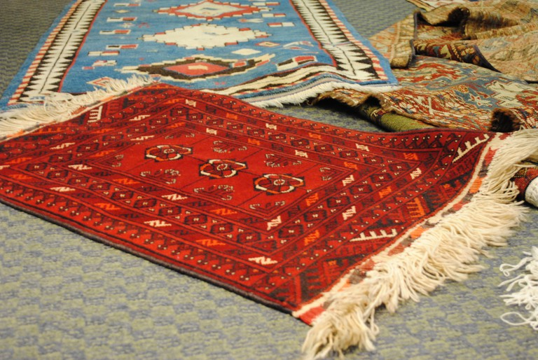 Het Kaufhaus also sells vintage carpets and furniture
