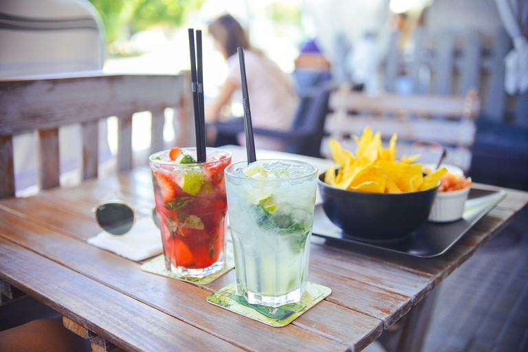 Cocktails Al Fresco | © PixaBay