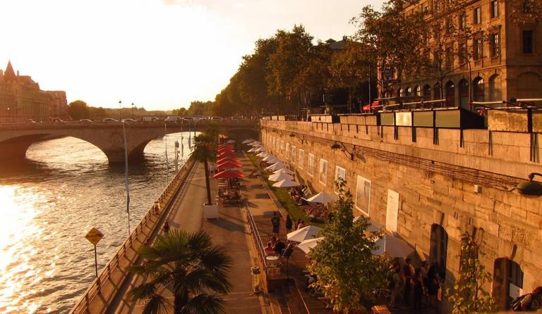 Evening at the Paris Plage │